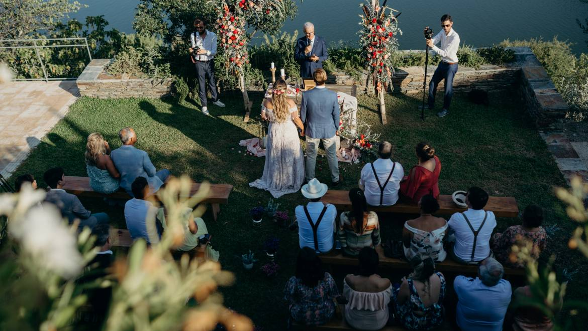 Let's talk about Micro Weddings?